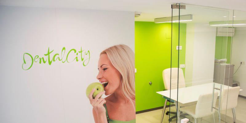 Fotografia interiores, clinica dental, diseño web Malaga